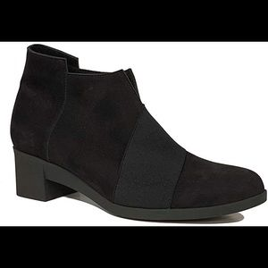 Arche Black Nubuck Leather Tatebo Comfort Bootie 7